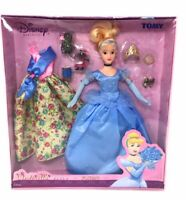 Disney Cinderella Princess  Barbie Doll Made In Japan by Tomy