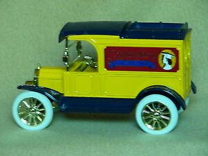 Ford 1913 Model T Van Truck Bank-Graduate/Graduation 1991-Ertl--NIB-Made in USA