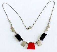 AN ART DECO SILVER TONE METAL & BLACK & ORANGE BAKELITE NECKLACE