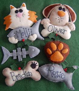 PRIMITIVE FOLK ART SEWING PATTERN 'CHRISTMAS CRITTERS'  CAT & DOG DECORATIONS