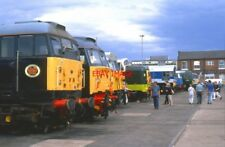 PHOTO  A LINE UP OF DIESEL LOCOMOTIVES AT THE 2003 DONCASTER WORKS OPEN WEEKEND