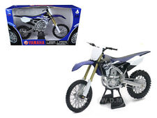 2015 YAMAHA YZ450F 1/6 MOTORCYCLE MODEL BY NEW RAY 49443