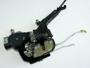 01 02 03 04 05 Toyota RAV4 Front Passenger door Power Lock Latch Actuator / OEM