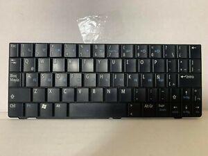 GENUINE Dell Vostro A90 Inspiron Mini 910 Laptop Keyboard Spanish P/N R546H