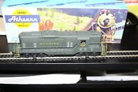 HO scale Athearn GP-9 Reading Powered Diesel Locomotive #3151 USED cab 617