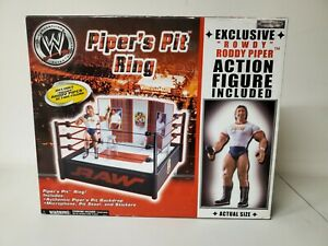 WWE WWF PIPERS PIT RING WITH EXCLUSIVE PIPER FIGURE NEW SEALED