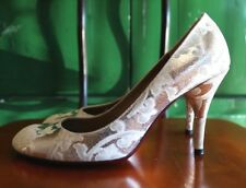 KENZO Italy Anthropologie pumps heels leather silver embroidered wedding 37 6.5