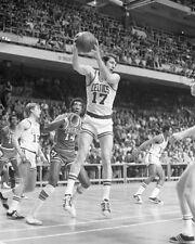 1972 Boston Celtics JOHN HAVLICEK @ Boston Garden Glossy 8x10 Photo Print Poster