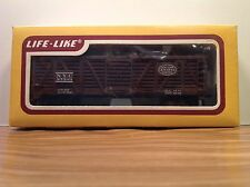 """HO Scale """"New York Central System"""" 27303 40' Livestock Freight Train / Life-Like"""