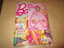 BARBIE magazine  17..pochette avec le collier barbie ....2014...