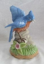 Porzellan-Figuren mit Vogel-Motiv