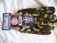 NEW Arizona Wildcats Garden Gloves Multi Purpose Camouflage Logo Mitt