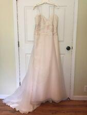 Paloma Blanca Champagne Wedding Dress With Sweetheart Neckline Size 12