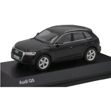 SPARK Audi Q5 Mythos Black 1:43 Collection Diecast