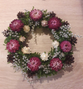 Naturally Moss Strawflowers pine cones Wreath 9-10inches