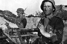 WWII B&W Photo German Soldiers MG34 Lafette Mount MG-34  WW2 / 2319