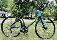 """Giant """"Defy� Advanced Road Bike"""