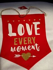 """Valentines Wall Hanging Decor Canvas Sign """"Love Every Moment"""" Hearts Gift Arrow"""