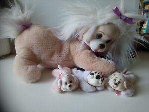 Peluche chien beige blanc puppy surprise avec 3 chiots Hasbro 1991 vintage