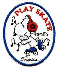 Snoopy ' Play Skate ' rollerskate with earmuf Embroidered Iron On / Sew On Patch