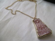 "AVON Druzy Pendant Necklace Goldtone with Druzy-Like Pendant  PINK   23 1/2"" L"