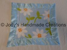 HANDMADE BABY FLEECE SECURITY BLANKET - DAISY FLOWERS / BLUE EDGE 14 X 14