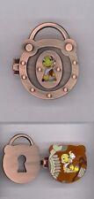 Disney Keyhole Collection Pinocchio Jiminy Crickey Lock Hinged Le Pin & Card