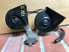 2013-2016 FORD FUSION FRONT LOW & HIGH NOTE TONE PITCH SIGNAL HORN PAIR SET OEM