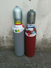 Acetylen und Sauerstoffflaschen Gasflaschen Acetylen Sauerstoff Autogenschweißen