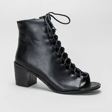 Patternless Synthetic Leather Lace Up Boots for Women