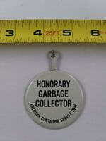 Vtg HONARY GARBAGE COLLECTOR American Container Service pin button pinback *EE76