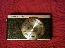 Fujifilm X Series XF1 12.0MP Compact Digital Camera - AS IS Lens Error.