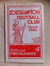 Southampton v Swindon Town Football Programme 1959/1960