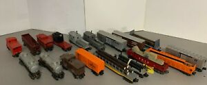Look! Lot of 18 Postwar Lionel and K-Line,Freight,Operating Cars,more! C2-C6