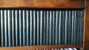 THE AGATHA CHRISTIE COLLECTION. VOLUMES 31 TO 60, MAKE YOUR OWN CHOICE.