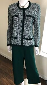St. John Collection 2 Piece Green & White Jacket & Pant Suit Size 8
