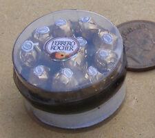 Pantalla de escala 1:12 caja de chocolates Ferrero Rocher Casa de Muñecas en Miniatura Dulces