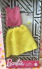 Barbie Fashion Pack 2020 Release Pink Top Yellow Boucle Skirt Necklace Bracelet
