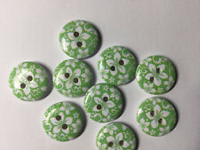 10 wooden Green and white Flower buttons, 15mm. Ideal for babies clothes, sewing