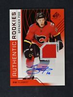 2018-19 UD Upper Deck SP Game Used Red Auto Jersey Rookie #119 Spencer Foo