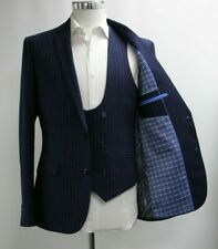Men's Unbranded Navy Blue Striped Blazer and Waistcoat Set (40R).. Ref: 7208