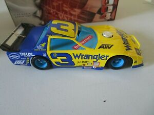 2004 DALE EARNHARDT 1:24 WRANGLER 3  ACTION LEGACY SERIES 85 CAMARO JEANS OUTLAW