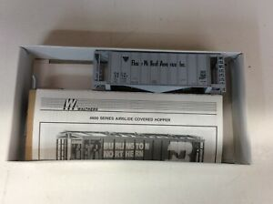 """Walther's #932-4614 HO scale """"FMA""""39' single bay covered hopper Rd. #42747"""