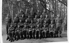 POSTCARD  MILITARY  WW2   Group   ( Unidentified)