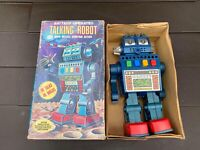 HC Hong Kong Battery Operated Talking Robot In Its Original Box - Vintage