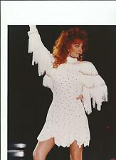 REBA McINTYRE COUNTRY MUSIC SUPERSTAR 8X10 PICTURE PHOTO TELEVISION RM-3