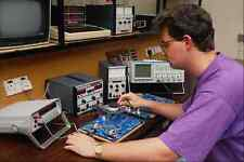 673076 Hi tech Test Bench A4 Photo Print