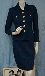 ST. JOHN Collection designer deep blue knit 2 pc. skirt suit , sz. 2