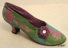 Just the Right Shoe by Raine - Rose Court 24009 - New In Box Coa