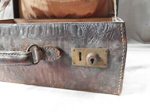 VINTAGE BROWN CROCODILE EFFECT LEATHER FITTED TRAVELLING VANITY CASE SUITCASE